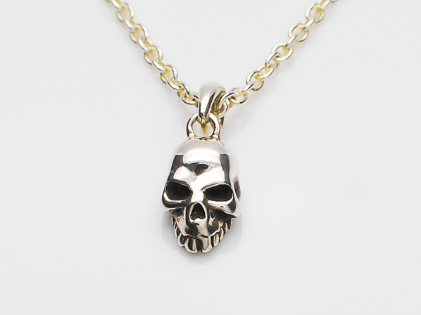 .MICRO SKULL NECKLACE.