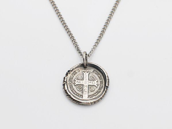 WAXSEAL CROSS NECKLACE