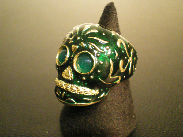 TRIBE SKULL RING/GREEN