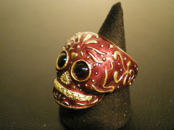 TRIBE SKULL RING/WINE