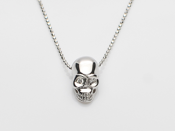 K18White G Skull Necklace(Diamond)