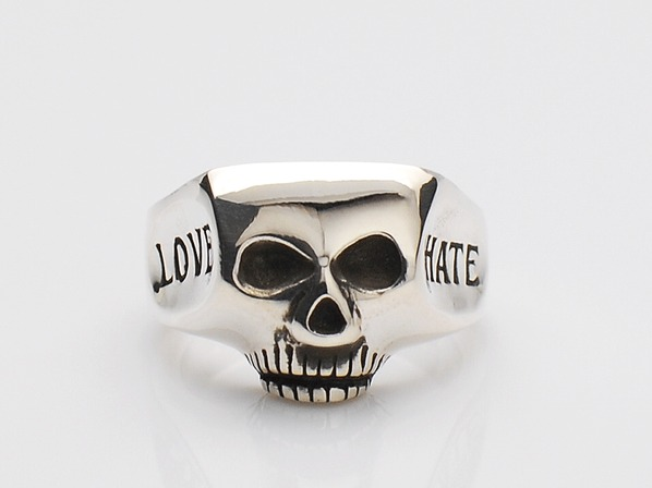 JIM SKULL RING/LOVE HATE