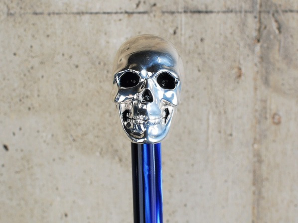 SKULL HANDLE with STUDS