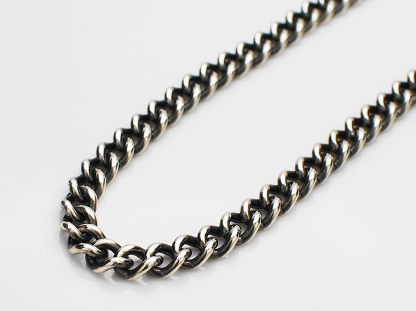 Hollow Curblink Chain Necklace