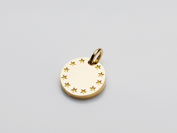FEELING STAR PENDANT