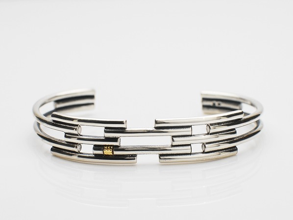 Five Round Lines Bangle
