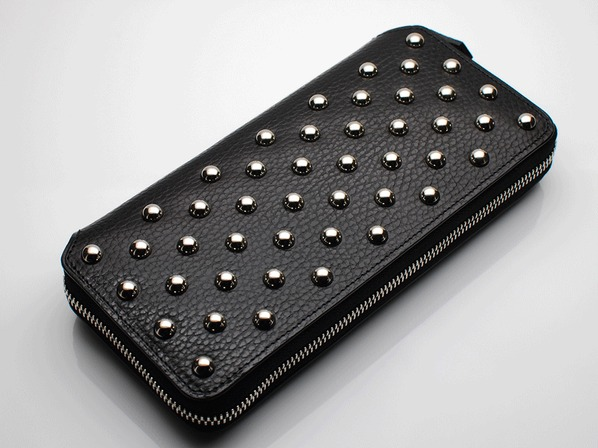 LONG ZIP WALLET/CIRCLE STUDS