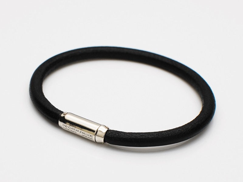 MAGNETIC LEATHER BRACELET 5