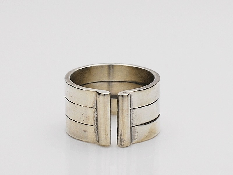 Three Line Ring