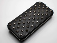 .LONG ZIP WALLET/STAR STUDS.